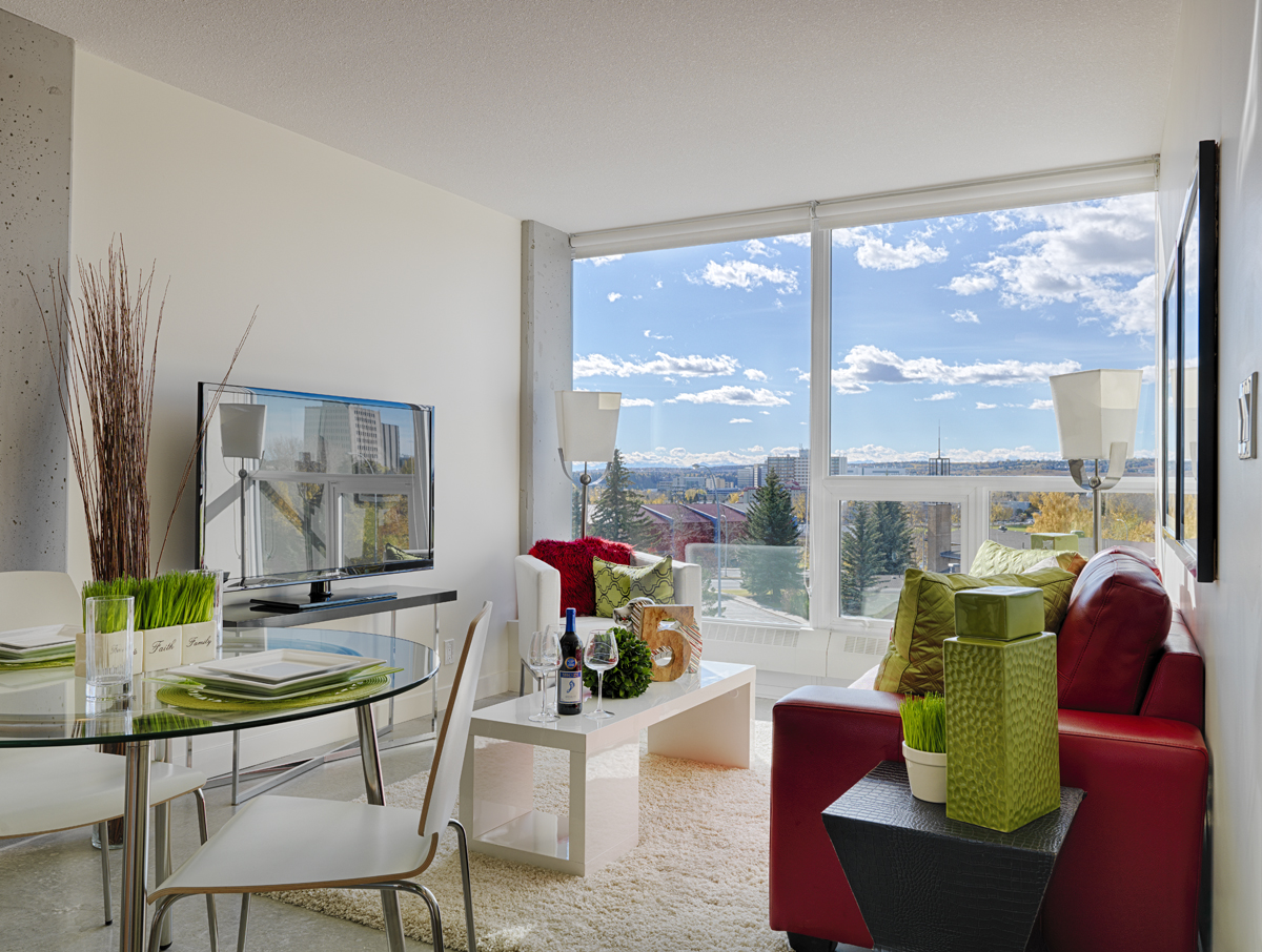 Birchwood properties in the news for Living room 4x5